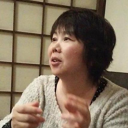 セラピスト杉村まゆみさん