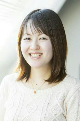 小泉友里江さん
